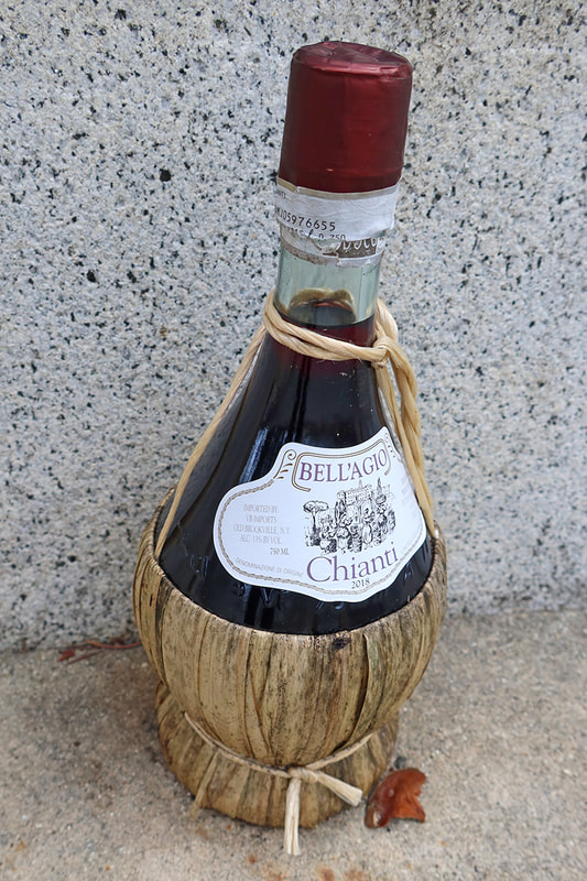 chianti bottle